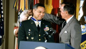 General Powell Presented With Presidential Medal Of Freedom