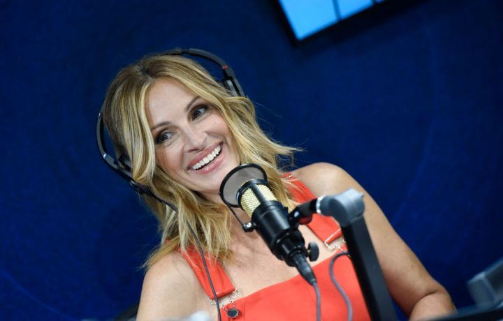 """SiriusXM Launches """"The Jess Cagle Show"""" With Julia Roberts Live From The SiriusXM Hollywood Studios In Los Angeles"""