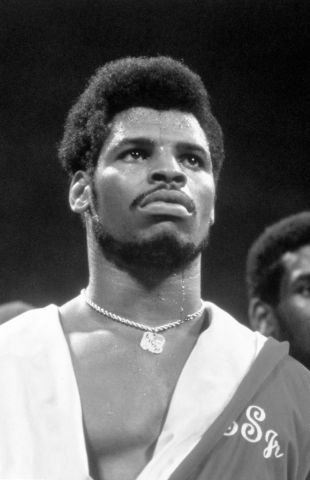 Leon Spinks And Larry Holmes Boxing At Joe Louis Arena