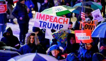 US-POLITICS-TRUMP-IMPEACHMENT-PROTESTS
