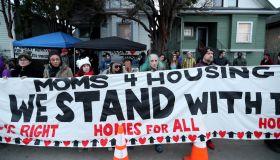 Moms 4 Housing...