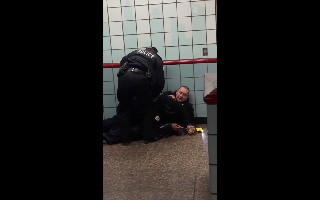 black cop shoots unarmed white man in Chicago