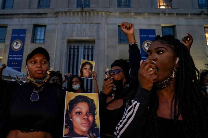 Demonstrators Call for Justice for Breonna Taylor