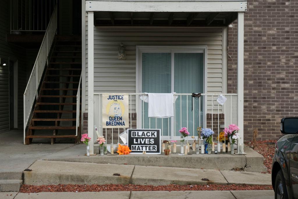 US-POLICE-RACISM-CRIME