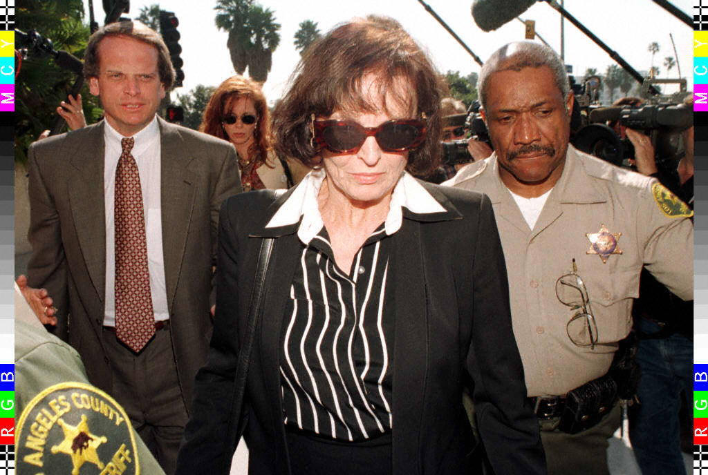 Juditha Brown (C), the mother of murder victim Nic