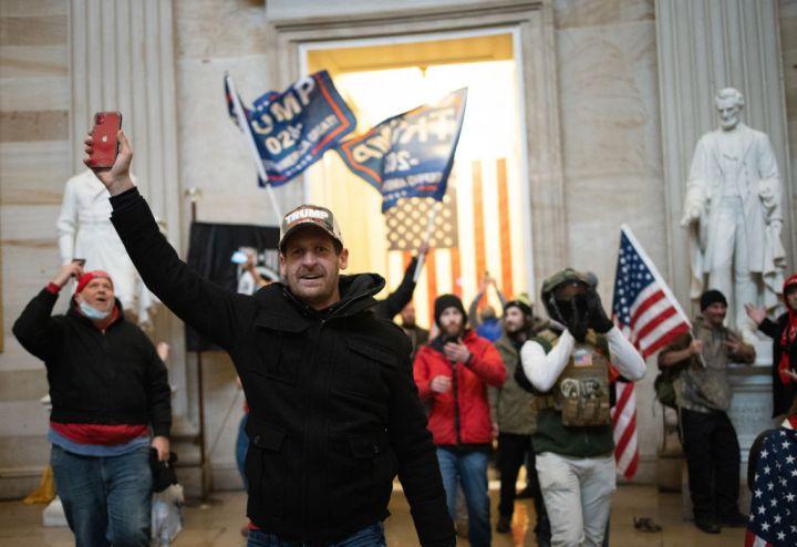 Trump Supporters Attack Congress (2021)