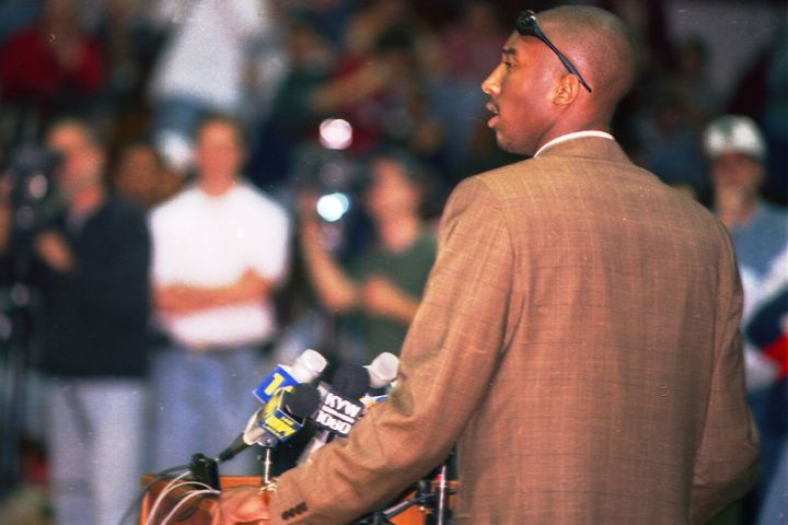 Kobe Bryant Announces He Will Enter NBA Draft After High School