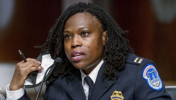 Capitol Police Capt. Carneysha Mendoza Recalls Insurrection Horrors: 'Things Are Still Raw'