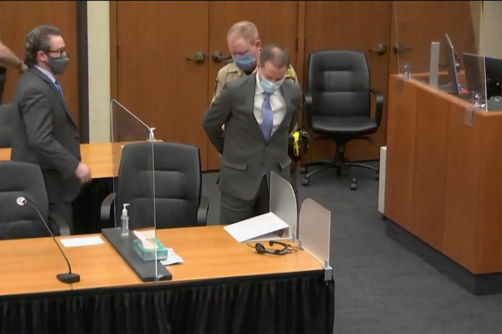 Derek Chauvin handcuffed in court