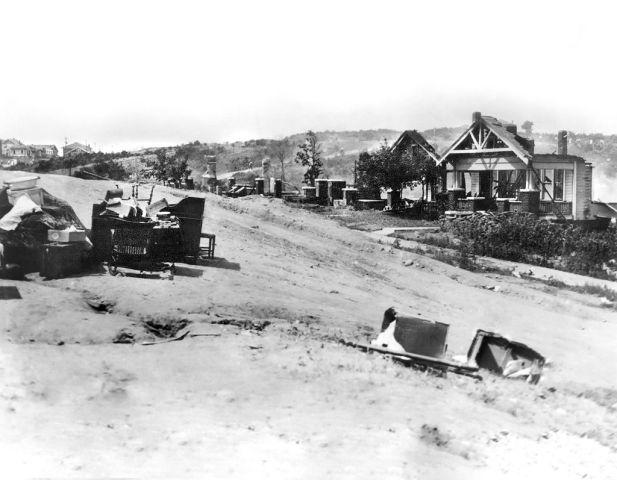 Race Riots, Tulsa, Oklahoma, USA, Alvin C. Krupnick Co. June 1921