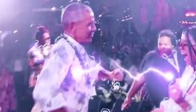Erykah Badu Posts Video Of Obama Dancing At His 60th Birthday Party In Martha's Vineyard