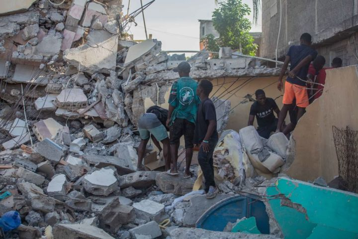 Death Toll Over 1,200 After 7.2 Quake In Haiti