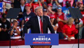 Trump rally in Wellington, Ohio