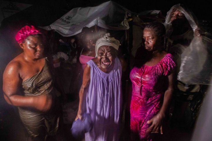Death Toll Over 1,400 After 7.2 Quake In Haiti
