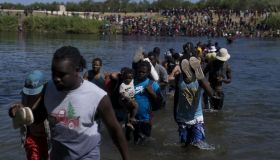 Thousands Of Migrants Gather In Del Rio As U.S. Closes Part Of Texas Border