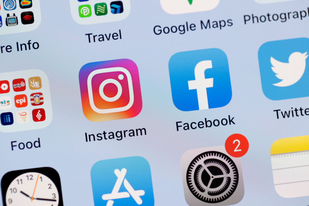 Facebook,Instagram And WhatsApp Experience Global Outage